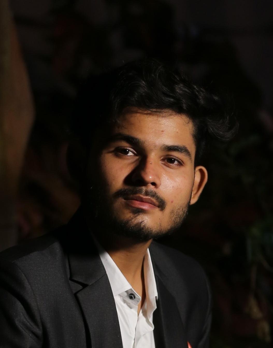 https://assets.zoomabroad.com/avatars/Akash_Sahu.jpeg